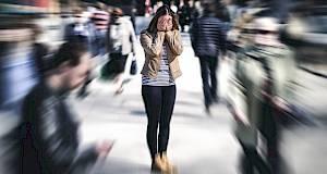Smirite napad panike pomoću 5 jednostavnih koraka!