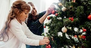 Zašto kitimo božićno drvce?