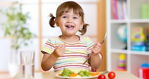 Otkrijte koji vitamini i minerali su neophodni za djecu različite dobi