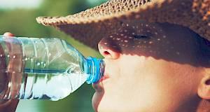 Dehidracija: uzroci, simptomi i prevencija
